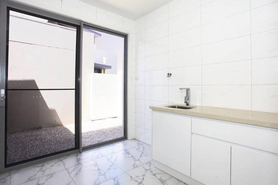 Project Case: Australian Full Custom Kitchen Cabinet Project-DAM Cabinet Project - 11